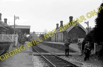 Llandrindod Wells Railway Station Postcard. Builth Wells - Penybont. L&NWR. (4)