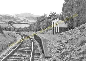 Llanfaredd Railway Station Photo. Builth Wells - Aberedw. Three Cocks Line. (1).