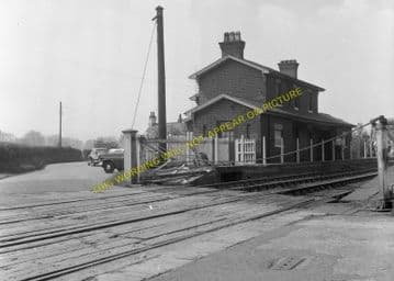 Llong Railway Station Photo. Mold - Padeswood. Chester Line. L&NWR. (6)