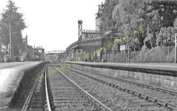 Loch Awe Railway Station Photo. Dalmally- Taynuillt. Tyndrum to Connel Ferry (2)