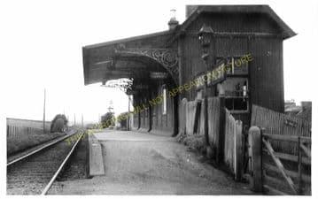 Lochee West Railway Station Photo. Liff - Baldovan. Dundee to Baldragon Line (4)