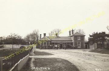 Long Melford Railway Station Photo. Sudbury to Glemsford and Lavenham Lines. (13)