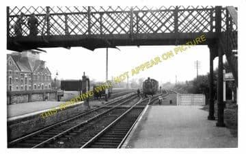 Long Melford Railway Station Photo. Sudbury to Glemsford and Lavenham Lines. (6)