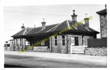Lossiemouth Railway Station Photo. Elgin Line. Great North of Scotland Rly. (2)