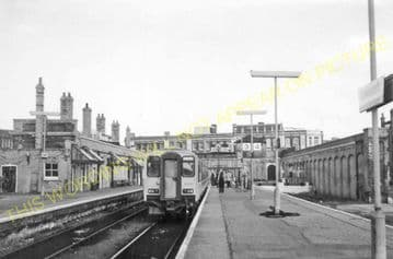Lowestoft Central Railway Station Photo.Oulton Broad and Beccles Lines. GER. (12)
