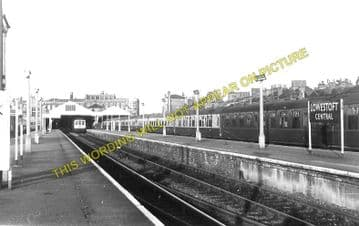Lowestoft Central Railway Station Photo.Oulton Broad and Beccles Lines. GER. (5)