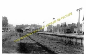 Lowestoft Central Railway Station Photo.Oulton Broad and Beccles Lines. GER. (6)