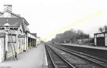 Luffenham Railway Station Photo. Ketton to Morcott and Manton Lines. (16)