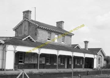 Luffenham Railway Station Photo. Ketton to Morcott and Manton Lines. (6)