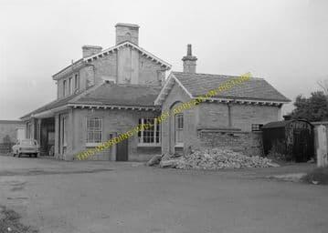 Luffenham Railway Station Photo. Ketton to Morcott and Manton Lines. (7)