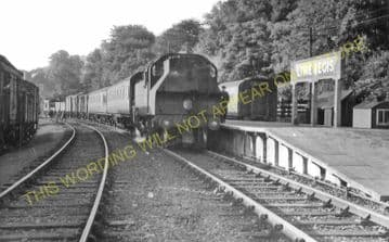 Lyme Regis Railway Station Photo. Combpyne and Axminster Line. L&SWR (30)