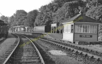 Lyme Regis Railway Station Photo. Combpyne and Axminster Line. L&SWR (31)