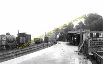 Lyme Regis Railway Station Photo. Combpyne and Axminster Line. L&SWR (8)