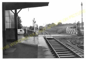 Manorbier Railway Station Photo. Lamphey - Lydstep. Pembroke to Tenby. GWR. (5)