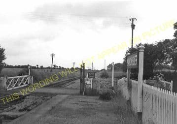 Manorbier Railway Station Photo. Lamphey - Lydstep. Pembroke to Tenby. GWR. (7)