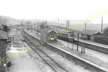 Manton Railway Station Photo. Oakham to Luffenham and Harringworth Lines. (10)