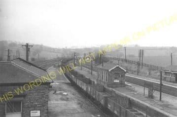 Manton Railway Station Photo. Oakham to Luffenham and Harringworth Lines. (11)