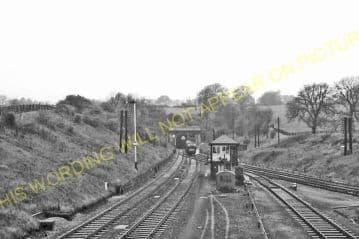 Manton Railway Station Photo. Oakham to Luffenham and Harringworth Lines. (9)
