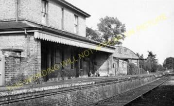 Marlesford Railway Station Photo. Wickham Market - Parham. Framlingham Line. (4)