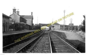 Maxwelltown Railway Station Photo. Dumfries - Lochanhead. (2)