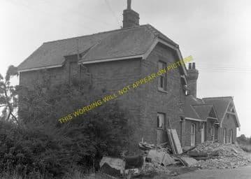 Mildenhall Railway Station Photo. Isleham and Fordham Line. Great Eastern. (11)