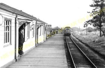 Morcott Railway Station Photo. Luffenham - Seaton. Market Harborough Line. (7)