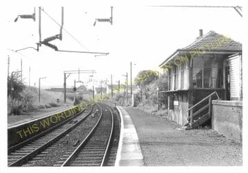 Neilston High Railway Station Photo. Uplawmoor - Netherton. Caledonian Rly. (4)