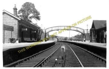 Neilston Low Railway Station Photo. Barrhead - Caldwell. Lugton Line. GBK. (1)..
