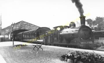 Peebles West Railway Station Photo. Lyne and Stobo Line. Caledonian Railway (2)