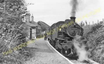 Rhosgoch Railway Station Photo. Amlwch - Llanerchymedd. Holland Arms Line. (3).