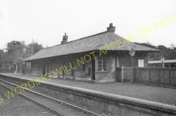 Row Railway Station Photo. Helensburgh - Shandon. Renamed Rhu. NBR. (5)