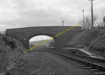 Scotscalder Railway Station Photo. Altnabreac - Halkirk. Georgemas Line. (6).