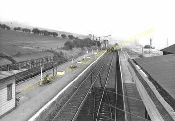 Seaton & Uppingham Railway Station Photo. Rockingham - Morcott. L&NWR. (27)