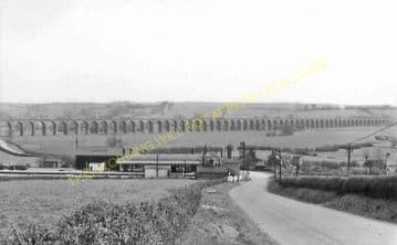 Seaton & Uppingham Railway Station Photo. Rockingham - Morcott. L&NWR. (29)