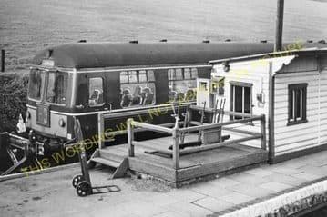 Seaton & Uppingham Railway Station Photo. Rockingham - Morcott. L&NWR. (30)