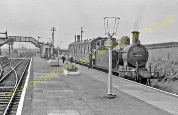 Seaton & Uppingham Railway Station Photo. Rockingham - Morcott. L&NWR. (31)