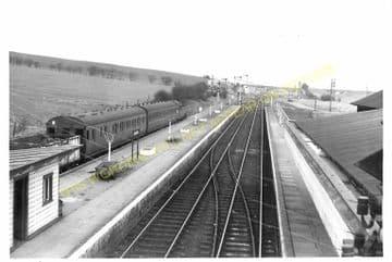 Seaton & Uppingham Railway Station Photo. Rockingham - Morcott. L&NWR. (9)