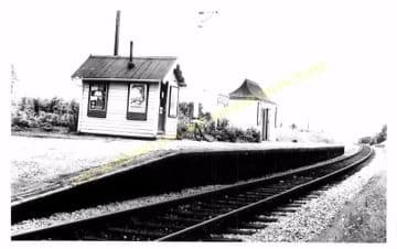 South Queensferry Railway Station Photo. Dalmeny - Dunfermline. Forth Bridge (1)
