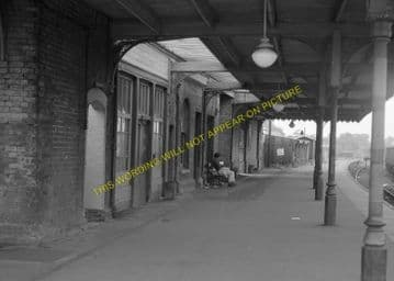 St. Ives Railway Station Photo. Swavesey to Bluntisham and Huntingdon Lines (11)