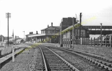 St. Ives Railway Station Photo. Swavesey to Bluntisham and Huntingdon Lines (25)