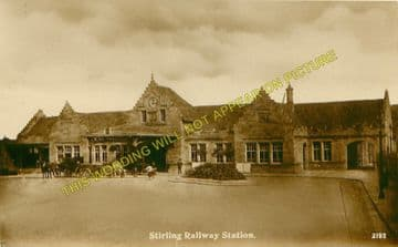 Stirling Railway Station Photo. Caledonian Railway. (2)