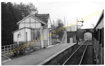 Taynuilt Railway Station Photo. Loch Awe - Connel Ferry. Caledonian Railway. (2)