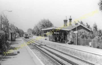 Thames Ditton Railway Station Photo. Esher to Hampton Court Line. L&SWR. (2)