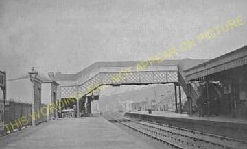 Upper Warlingham Railway Station Photo. Woldingham - Sanderstead. (7)