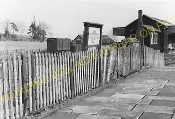 Uppingham Railway Station Photo. Seaton Line. London & North Western Railway (6)