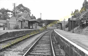 Verwood Railway Station Photo. West Moors - Daggons Road. Fordingbridge Line (7)