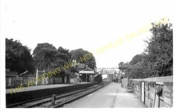 Virginia Water Railway Station Photo. Egham to Sunningdale & Chertsey Lines. (4)