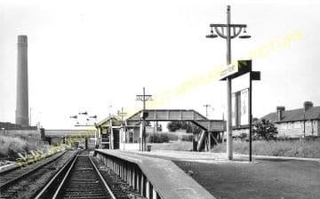 Waddon Marsh Railway Station Photo. Croydon - Beddington Lane. Mitcham Line. (2)