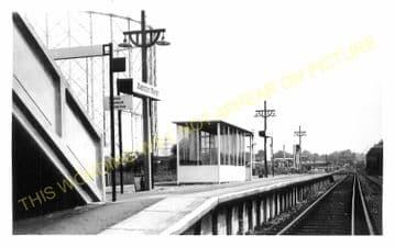 Waddon Marsh Railway Station Photo. Croydon - Beddington Lane. Mitcham Line. (5)