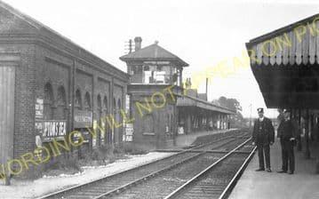 Wallington Railway Station Photo. Carshalton Beeches - Bandon. Sutton Line. (8)